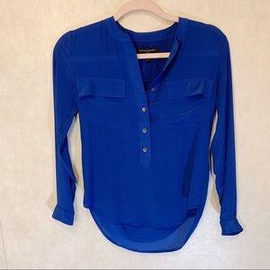 Banana Republic 100% Silk blouse Size XXS.